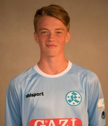 Niklas Benkeser_Saison 17_18 bearbeitet